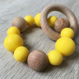 Hochet-valparaiso-jaune-profil
