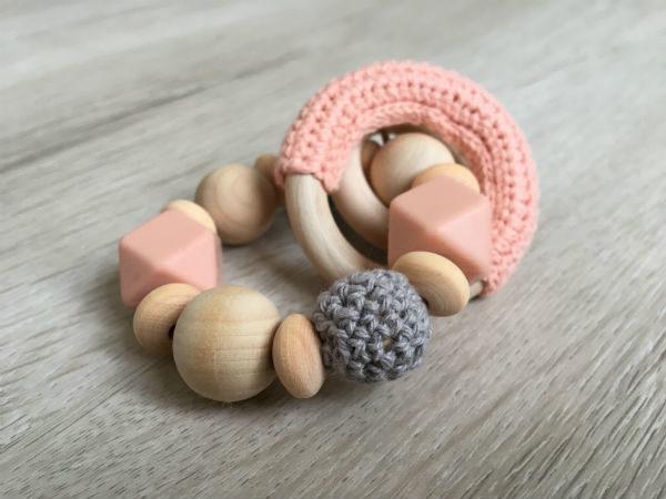 anneau-de-dentition-pralognan-la-vanoise-gris-peche-profil