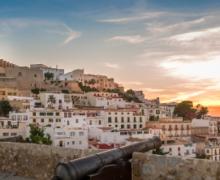Ibiza en famille: Les lieux et restaurants à ne pas manquer!