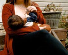 Accessoires d'allaitement pour mamans : 5 conseils pour allaiter en public